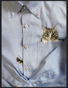 ▲ 이건 우리집 웅이랑 닮았네요. 인터넷에서 뭘 좀 찾다가 발견한 일본인 자수 디자이너 히로코 쿠보타 (Hiroko Kubota)의 고양이 자수 셔츠 입니다. 린넨이 주 소재인 셔츠들인거 같은데 포켓에 아주 귀여운 고..