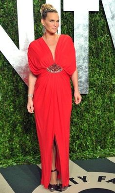 Molly Sims at the Vanity Fair's annual Oscar party #azzaro