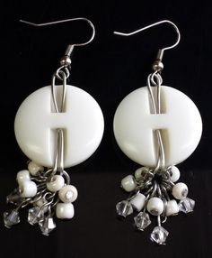 http://jewelrymakingjournal.com/button-earrings/