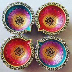 Diya Decoration Ideas, Diy Diwali Decorations, Easy Halloween Decorations, Diwali Craft, Diwali Rangoli, Diwali Wishes, Happy Diwali, Home Design, Diwali Pictures