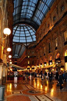 Galleria Vittorio EmanueleII, Milan
