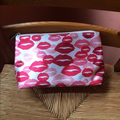 Price Drop Large Clinique Sateen Lips makeup bag Brand new Clinique makeup bag. Sateen outer shell. No interior stains or damage. Roomy. Make an offer! NWOT. If you have questions, please ask. Clinique Bags Cosmetic Bags & Cases