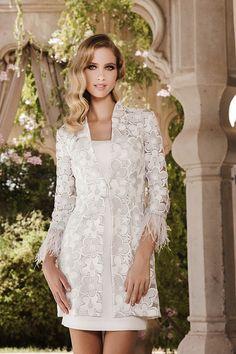 Vestido con abrigo modelo 1150111 by Sonia Peña | Boutique Clara