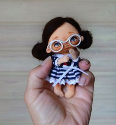 Fabrics and wool for toys, dolls Tilde and others Doll Painting, Tiny Dolls, Doll Hair, Soft Sculpture, Fabric Dolls, Stuffed Toys Patterns, Miniature Dolls, Handmade Toys, Doll Accessories