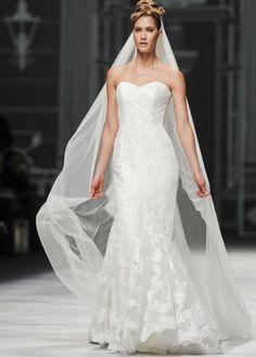 Vestido de noiva tubinho - La Sposa 2013