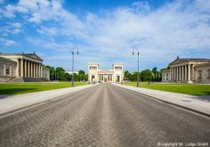 Königsplatz: This neo-classical square not only has a lot of history, it also serves as a popular sunbathing spot in the warmer months (especially the steps of the Glyptothek).