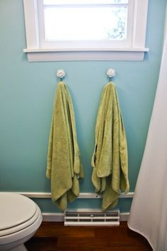 wall color: Benjamin Moore Tranquil Blue. } turquoise + spring green
