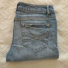 Offers Welcome! Aeropostale Skinny Jeans Pre-loved and in good condition! Aeropostale Jeans Skinny