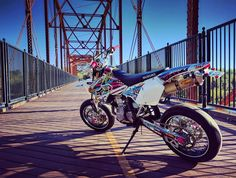 "Check out this awesome picture!! You could say it's ""crossing the bridge"" to the new year *wink wink* :D #Suzuki  #motostylemx  #motostylemxgraphics  #bikedecor  #bikedesigns  #bikedecals"