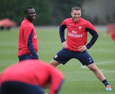Podolski & Frimpong in Training Before Match vs Manchester City 2013-2014.