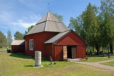 Västanfjärds gamla kyrka Grave Monuments, Graveyards, Shed, Outdoor Structures, Cabin, House Styles, Home Decor, Decoration Home, Room Decor