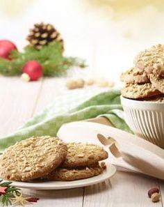 Mit Honig! Feine Erdnuss-Cookies: http://kochen.gofeminin.de/rezepte/rezept_erdnuss-cookies-mit-honig_328425.aspx