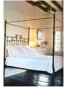 new orleans style bedroom | Found on stellaholiday.blogspot.com