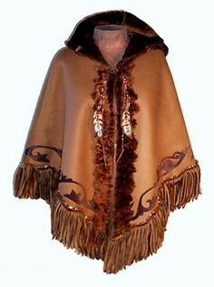 Butter leather and sumptuous suede poncho Native American Wedding, Native American Clothing, Native American Fashion, Ladies Poncho, Mens Poncho, Native Wears, Cool Outfits, Casual Outfits, Fringe Leather Jacket