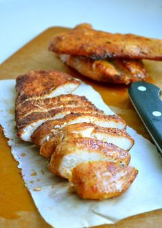 This is my new FAV baked chicken breast recipe! Brown Sugar Spiced Baked Chicken from Rachel Schultz I Love Food, Good Food, Yummy Food, Tasty, Cooking Recipes, Healthy Recipes, Baked Meat Recipes, Healthy Dishes, Turkey Recipes