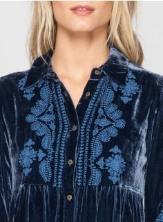 Everly Velvet Smock Shirt Denim Blue Johnny Was Clothing, Tunic Blouse, Vintage Tops, Smocking, Blue Denim, Vintage Inspired, Boho Chic, Gypsy, What To Wear