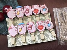 Kids Art Display with Lovely Pigs and Colourful clothespegs, Easy fit Childrens Art Work Hanger,pin Clothespin,Paper Clips,Children's Birthday Party Favor Wooden Clothespins, Wooden Pegs, Hanging Photos, Photo Hanging, Party Favors For Kids Birthday, Childrens Wall Art, Cute Pigs, Party Gifts, Special Gifts
