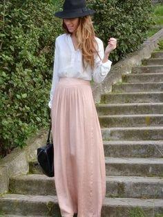 ¿Qué look con falda larga prefieres