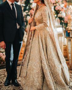 Dream Wedding Dresses With Veil .Dream Wedding Dresses With Veil Asian Wedding Dress Pakistani, Indian Wedding Gowns, Asian Bridal Dresses, Indian Bridal Outfits, Pakistani Wedding Dresses, Wedding Dresses For Girls, Wedding Hijab, Modest Wedding, Indian Dresses