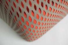 London-based designer Benjamin Hubert combines a unique blend of two seating typologies – a net structured hammock and a conventional upholstered lounge chair. Fabric Textures, Textures Patterns, Motifs Textiles, Pattern Images, 3d Prints, Material Design, Looks Cool, Mesh Fabric, Design Elements