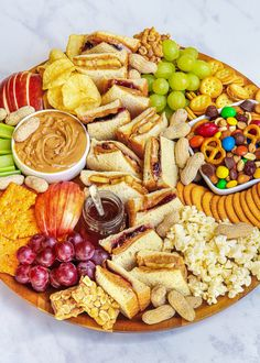 Snack Platter, Party Food Platters, Food Trays, Snack Trays, Baby Food Recipes, Healthy Recipes, Healthy Snacks, Snack Recipes, Summer Snacks
