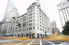 Find premier designers at Bergdorf Goodman, a luxury goods department store on Fifth Avenue. http://www.bergdorfgoodman.com/