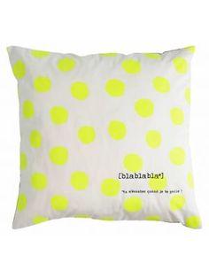 La cerise sur le gateau Kussenhoes, bla bla yellow dots, 70x70cm, wit/ fluor geel #neon #fluor