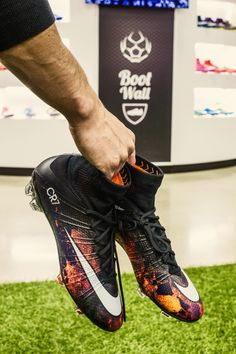 261d0af62bb95 NIKE MERCURIAL SUPERFLY CR7 FG Designed for the attacking striker