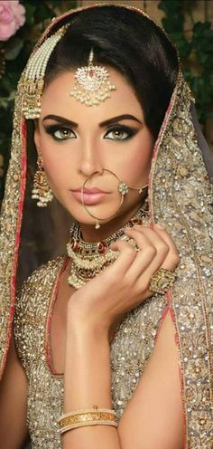 awesome Indian Bridal make-up. Book your specialty artist for your wedding today at: www. Indian Bridal Makeup, Indian Bridal Wear, Asian Bridal, Pakistani Bridal, Bride Indian, Indian Weddings, Desi Bride, Desi Wedding, Wedding Wear