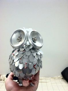 soda can sculpture. How could this be done in a stable way? Hmmmm.