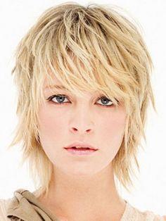 Chic Medium Hairstyle Trends