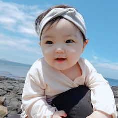 kawaii Bebe Mamang 可愛い ღ Half Asian Babies, Cute Asian Babies, Korean Babies, Asian Kids, Cute Babies, Cute Baby Boy, Cute Little Baby, Little Babies, Cute Kids