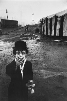 Bruce Davidson, Clown and circus tent, Palisades, New Jersey, 1958.