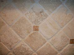 High Quality Tumbled Stone Backsplash