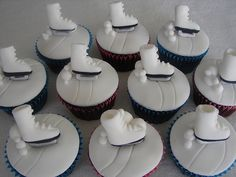 more ideas for emma's cake? Ice Skating Cake, Ice Skating Party, Skate Party, Cupcake Art, Cupcake Cakes, Cupcake Ideas, Cupcake Toppers, Baking Company, Grilling Gifts