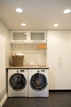 Mixed quartz moon mosaic tile wall tile in laundry room