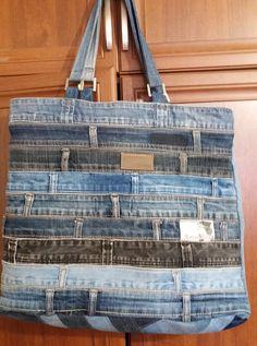 Best 12 Bags & Handbag Trends: # jeans reform # bags # jean # putting – Home Page – Page 628955904188082077 – SkillOfKing.Com – SkillOfKing. Denim Tote Bags, Denim Purse, Denim Bags From Jeans, Refaçonner Jean, Jean Bag, Jeans Recycling, Mode Jeans, Denim Ideas, Denim Crafts