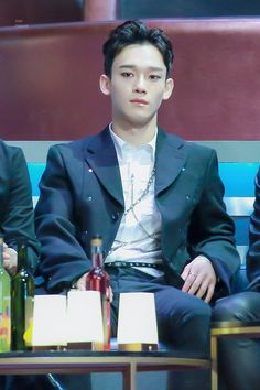 can I sit on your lap, sir? Kyungsoo, Chanyeol, Exo 2014, Waiting For Baby, Exo Album, Kim Jongdae, Exo Chen, Mnet Asian Music Awards, When You Smile