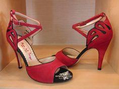 Item Chiara, Sole Vero Cuoio, Materials Suede, Glitter fabric, Toe Open, Back Closed, Colors Red&Black, Heel Shape Stiletto