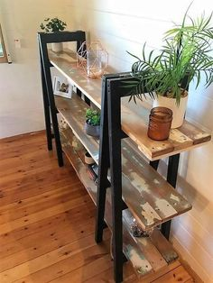 Giving you out with so many excellent ideas of the wood pallet shelving table designs; this wood pallet shelving table style is one of the unique ones. It is quite a lot attractive and attention-grabbing because of the divisions of the shelves being part of it. It would look so ideal if you would make it as a decoration product in your house outdoor.