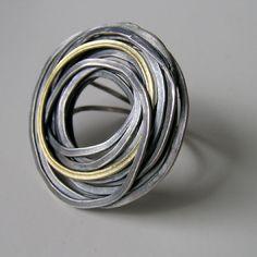 Jessica Briggs - FlourishRing in oxidized silver and 18ct gold 408£