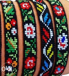 loom beading tutorial - My Recommendations Loom Bracelet Patterns, Beaded Earrings Patterns, Seed Bead Patterns, Bead Loom Bracelets, Beading Patterns, Jewelry Patterns, Seed Bead Projects, Motifs Perler, Beaded Crafts