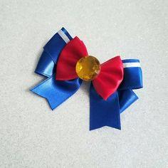 Mini Sailor Moon inspirado arco de pelo raso por Malabows en Etsy