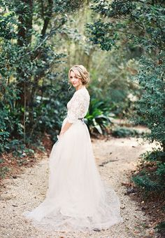 garden-emily-riggs-bridal-wedding-dress-lace-elegant-whimsical215