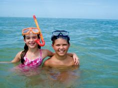 Snorkel with the Fish: If you can swim, you can snorkel, but first-timers often feel more comfortable with a few pointers before they head out. For fun and learning in the same excursion, book with Adventures in Paradise's shelling and snorkeling cruise of the outer islands, departing from Port Sanibel Marina.
