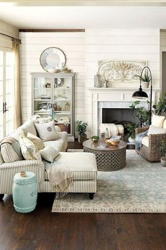 Farmhouse Style Living Room And Kitchen Decorating Ideas 45