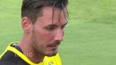 Roman Bürki Dexter, Football Players, Soccer, Blog, Borussia Dortmund, Football Soccer, Soccer Players, Futbol, Dexter Cattle