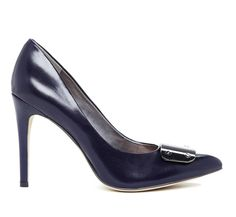 """Conservative?  not quite.... but not quite sassy, either.  Perhaps just right for the office.  Sole Society """"Rory"""", $59.95"""