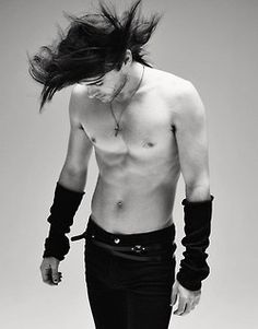 Jared Leto - I loved him when he was Jordan Catalano too. Jared Leto Sin Camisa, Beautiful Boys, Gorgeous Men, Beautiful People, Pretty Boys, Jared Leto Shirtless, Jered Leto, Johny Depp, Look Girl