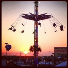 #HangOutFest - the sun is going down. (via #spinpicks)